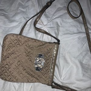 GUESS — purse — shoulder bag